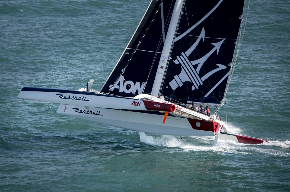 HONG KONG-LONDON / MASERATI MULTI70 IS RECOVERING MILES