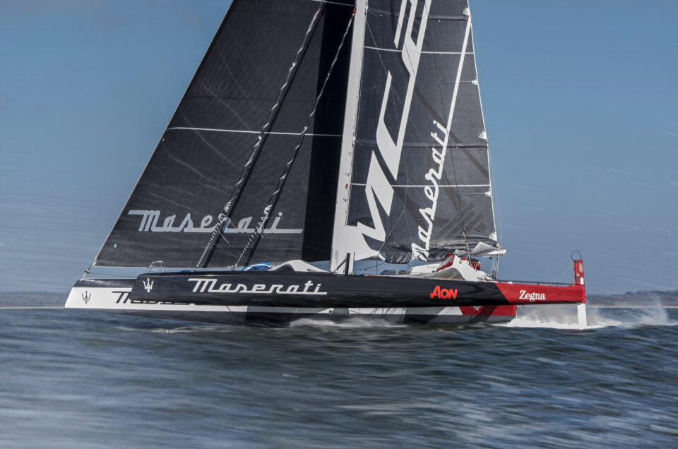 Maserati Multi 70 and Giovanni Soldini conquered the Channel Record